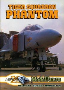 Aeroguide 25 - Tiger Squadron Phantom (McDonnell Douglas F-4J(UK) Phantom)