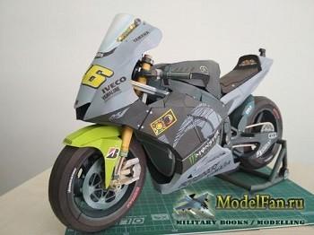 Yamaha - Yamaha YZR M1 2013 Valentino Rossi (Перекрас модели)